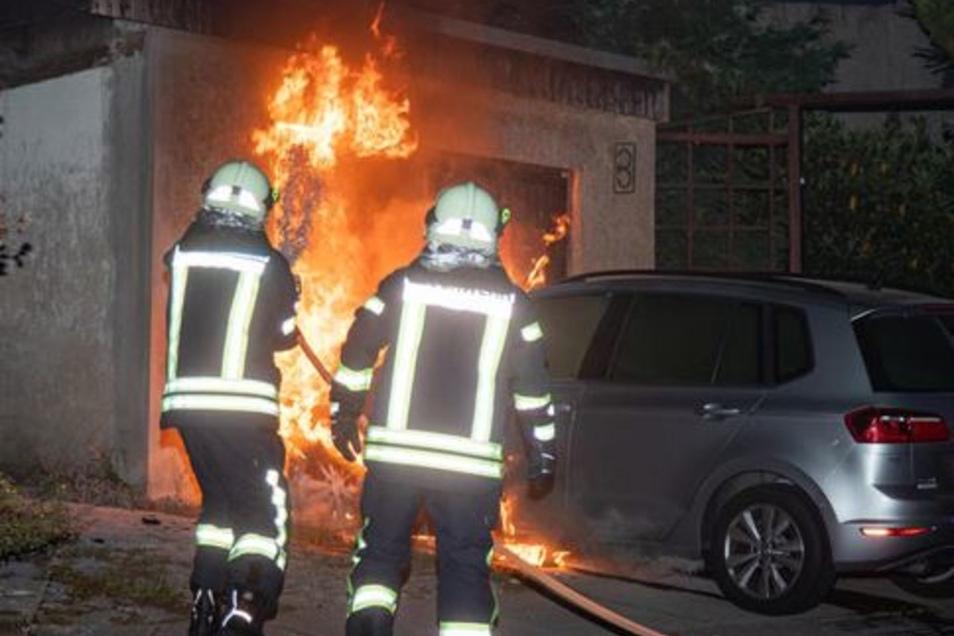 Am Drebnitzer Weg in Bischofswerda brannte ein Pkw.