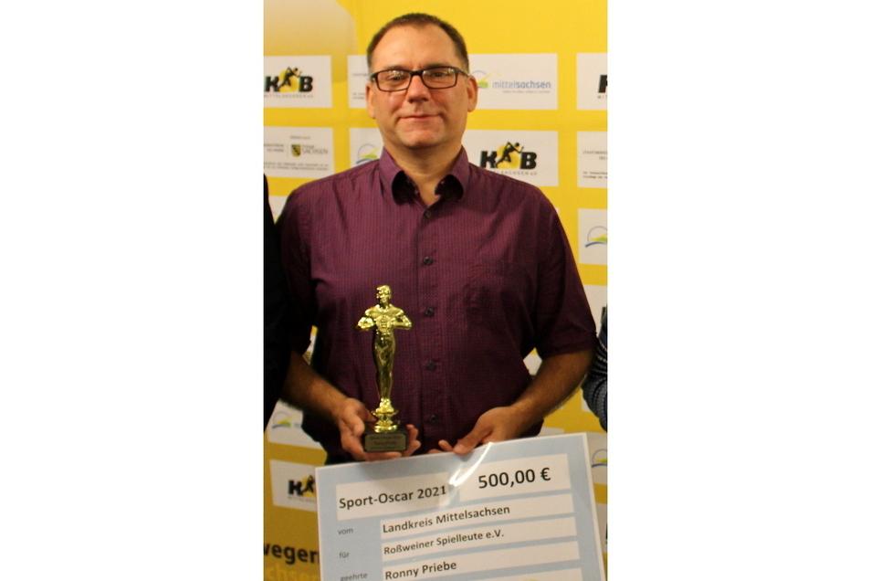 Ronny Priebe, Vorsitzender der Roßweiner Spielleute, ist mit dem Sport-Oscar ausgezeichnet worden.