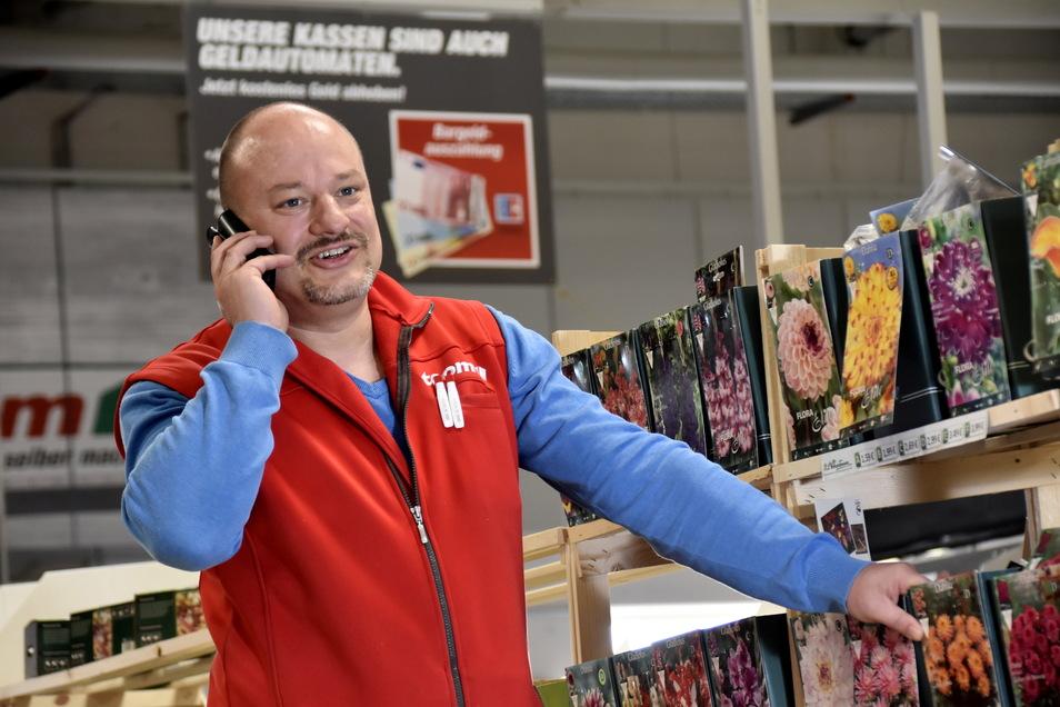 Der Inhaber des Toom-Baumarktes in Radeberg, Mike Helbig, hofft, dass seine Gartenabteilung auch kommende Woche öffnen darf.