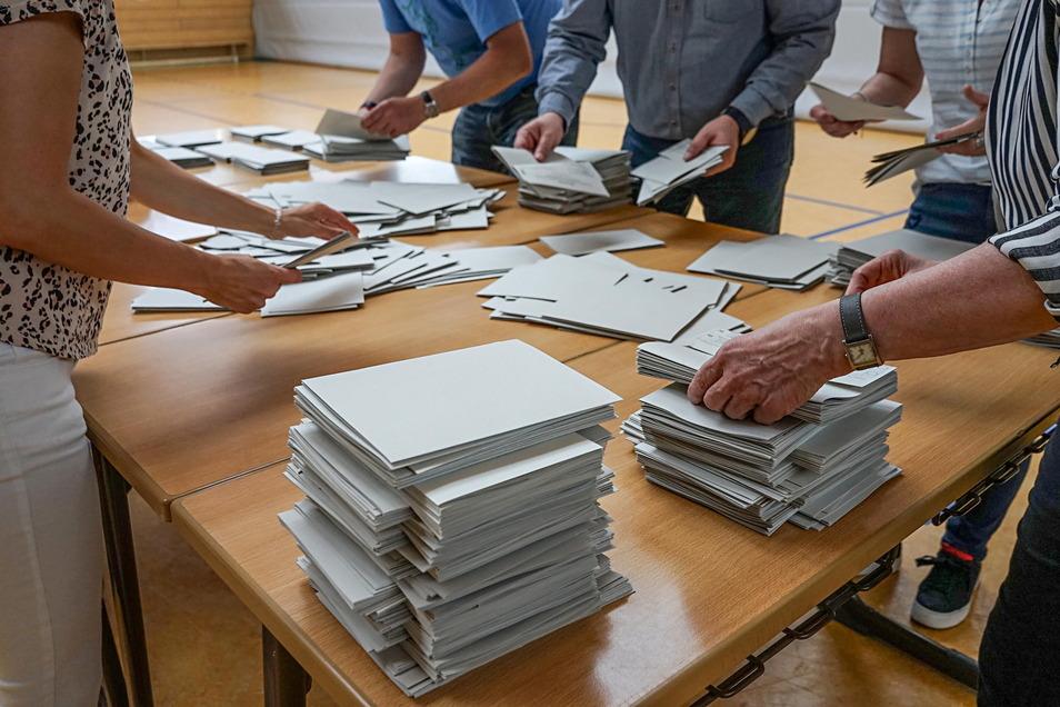 Die Bundestagswahl im September rückt näher, und die Stadt Kamenz sucht bereits Helfer für die Wahllokale.