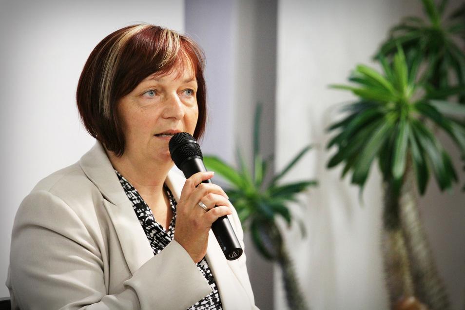 Im Wahlkreis Riesa und Umgebung geht die Kreisverbandsvorsitzende und Kreisrätin Uta Knebel ins Rennen.
