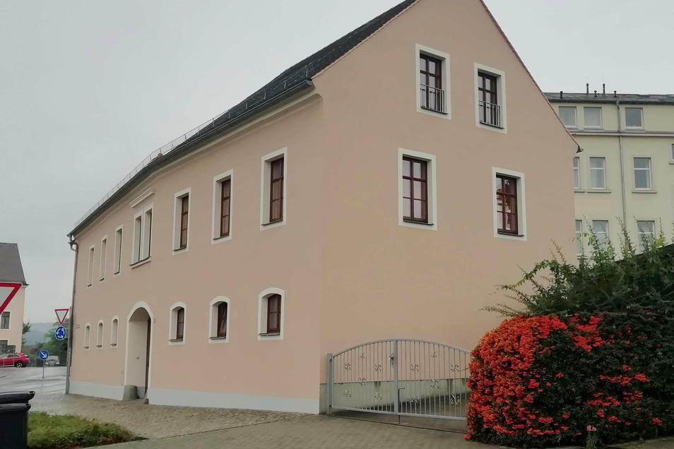 Die Stadt Kamenz kauft jetzt dieses Gebäude an der Güterbahnhofstraße, um Akten darin unterzubringen.