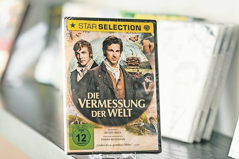 """Natürlich gibt es in Görliwood auch Filme auf DVD zu kaufen, die hier gedreht wurden. So hat die Görlitz-Information """"Die Vermessung der Welt"""", """"Goethe"""" oder """"Inglourious Basterds"""" da. Der Renner ist zurzeit allerdings ein Zauberbecher, der Farbe und Moti"""