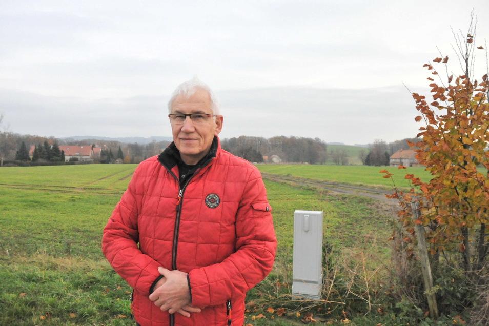 Paul-Gerhard Thiele schätzt die Ruhe und Natur auf dem Dorf. Doch schnelles Internet ist für das Leben in der Idylle mittlerweile ein Muss, wie er sagt.