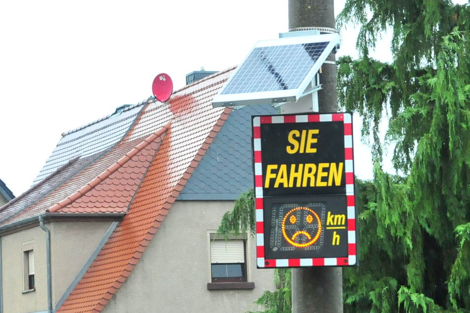 Der Bautzener Ortsteil Niederkaina soll eine Geschwindigkeitsanzeige bekommen.