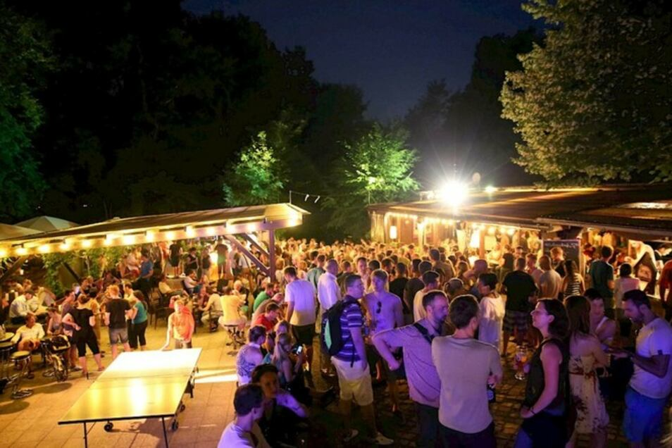 Das verspricht Entspannung am Freitag abend: Open-Air-Clubkonzert in der Saloppe Sommerwirtschaft Dresden.