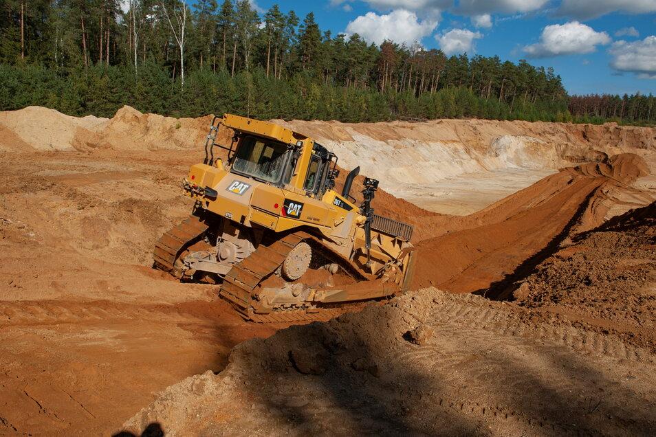 Könnte es so wie hier bei Würschnitz nahe Laußnitz auch bald zwischen Kamenz und Neukirch aussehen? Eine Bergbaufirma plant jetzt, ein Abbaugebiet bei Kamenz zu erschließen. Das sorgte schon vor Jahren für Widerstand.