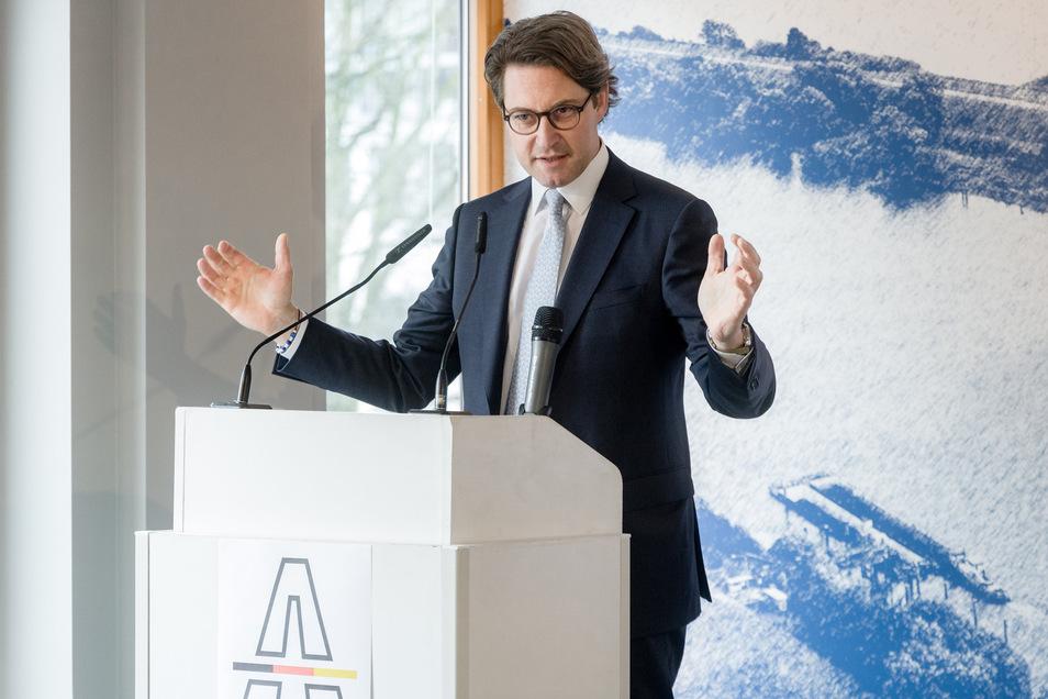 Gegen Andreas Scheuer (CSU), Bundesverkehrsminister, wird nicht wegen Untreue ermittelt.