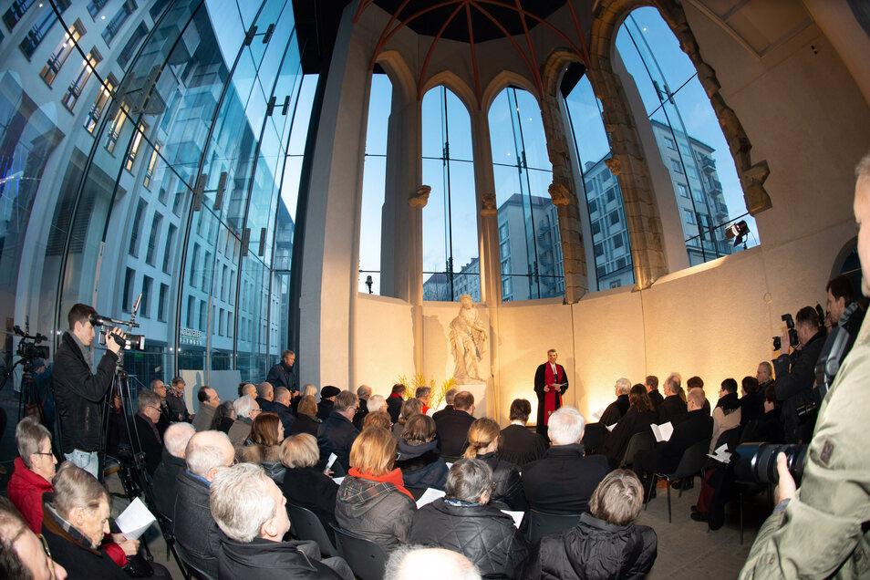 Die feierliche Übergabe des Nagelkreuzes in der Gedenkstätte Sophienkirche-Busmannkapelle.