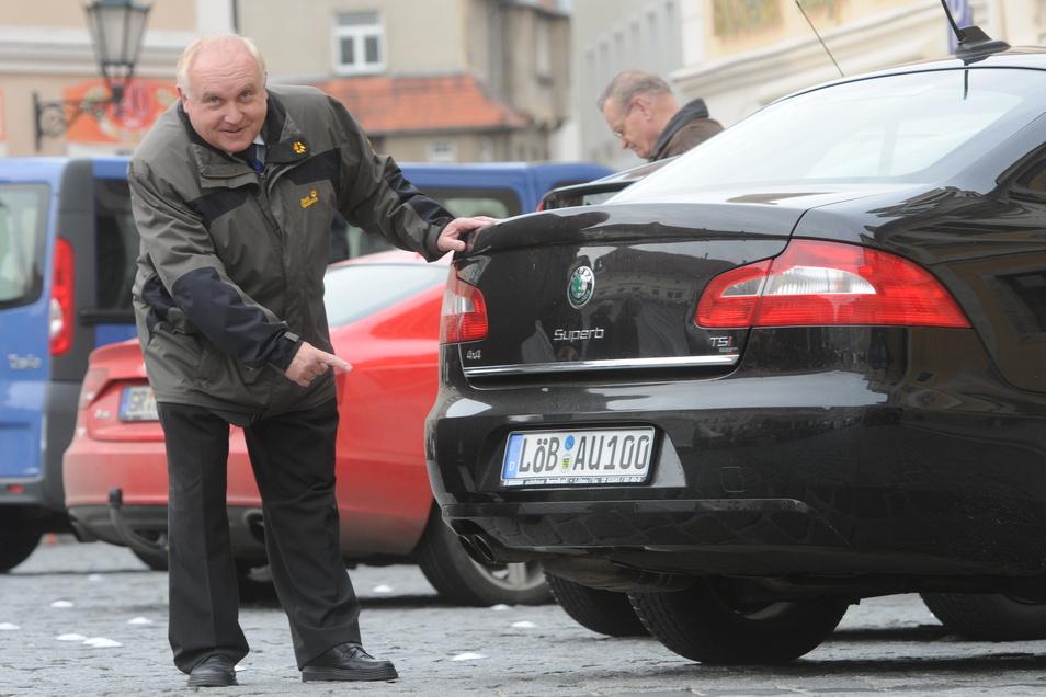 Der Dienstwagen von Dietmar Buchholz war auch am Nummernschild gut zu erkennen - hier ein Archivfoto mit einem früheren Dienstauto. Zuletzt fuhr Buchholz einen Audi.