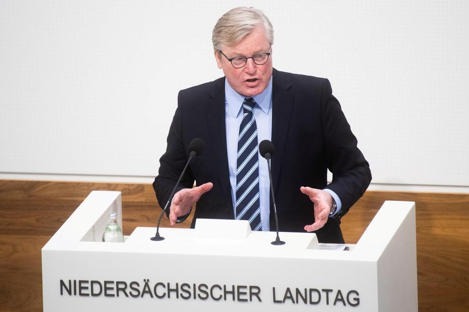 """Niedersachsens Wirtschaftsminister Bernd Althusmann verteidigte geplante Öffnungen in rund 25 Modellkommunen. """"Ich befürchte, wir werden mit einem gewissen Infektionsgeschehen in Deutschland leben müssen."""""""