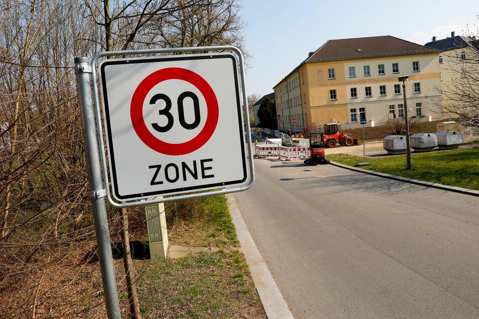Die Schliebenstraße mit ihren Nebenstraßen ist ebenfalls zur Tempo-30-Zone erklärt worden.
