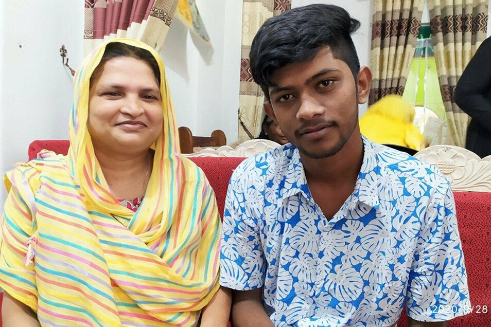Jahrelang habe Abusaly Siddi Kamaliya ihren Sohn gesucht und ihn schließlich gesund angetroffen. Jetzt gibt es noch eine Frau, die Anspruch auf ihn erhebt.