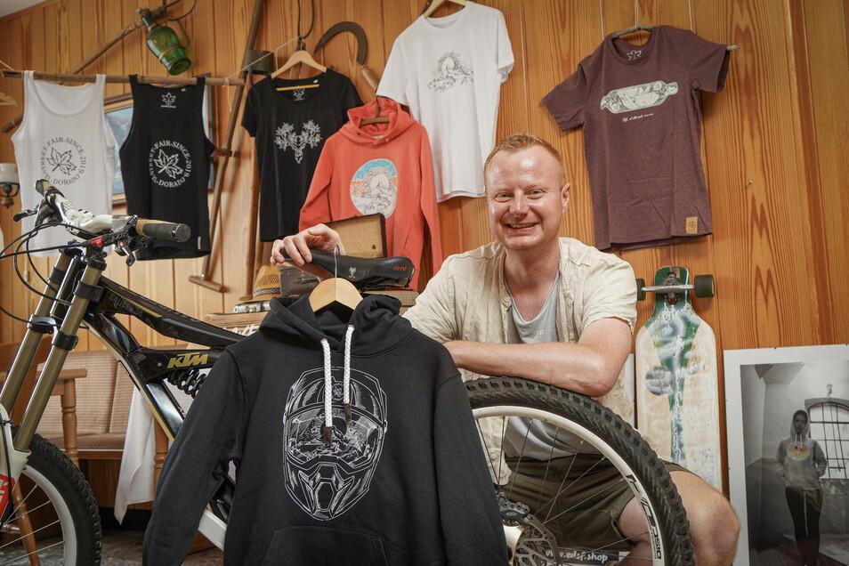 Die Liebe zur Heimat, Sinn für die Umwelt und für faire Arbeitsbedingungen will Maik Kutschmann aus Wehrsdorf in seiner Modemarke El Dorado Street Fair vereinen.