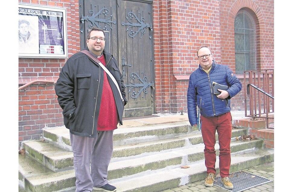 Ökumene in Weißwasser: Für den katholischen Pfarrer Michael Noack (li.) und den evangelischen Pfarrer Martin Zinkernagel ist sie gelebtes Miteinander.