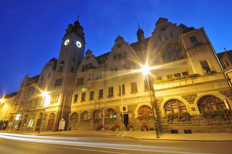 Am Donnerstagabend tagt im Potschappler Rathaus erstmals der neu gewählte Freitaler Stadtrat.