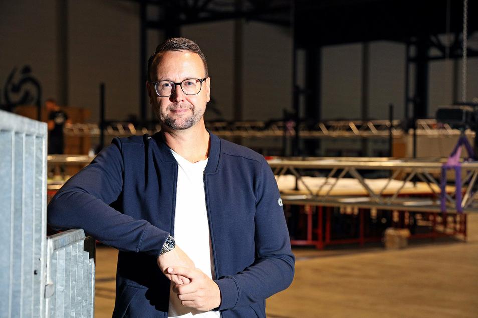 John Jaeschke ist Geschäftsführer der FVG Riesa. Die städtische Gesellschaft betreibt die Sachsenarena, wo es derzeit statt Konzerten Corona-Impfungen gibt.