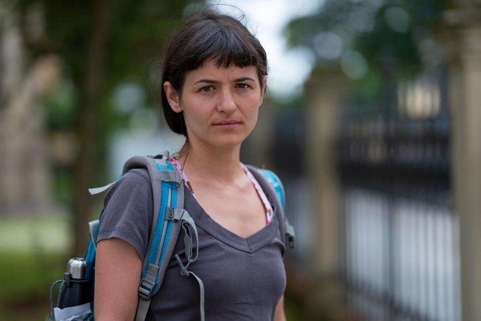 Christina Riebesecker von der AG Asylsuchende Sächsische Schweiz-Ostererzgebirge hält die erfolgte Abschiebung für rechtswidrig und kritisiert, dass Sachsens Abschiebepraxis generell besonders restriktiv sei.