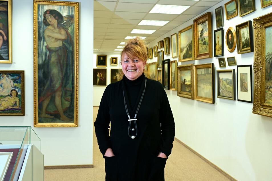 Ilka Melzer in der Sammlung Friedrich Pappermann auf Schloss Burgk. Seit zehn Jahren ist sie Mitglied des Kuratoriums der Stiftung.
