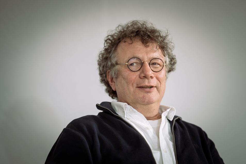 Der Schriftsteller Ingo Schulze erhält den Dresdner Kunstpreis 2021.