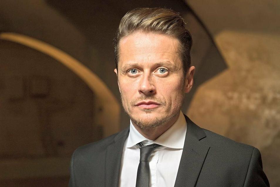 Den Bautzener Roman Knižka kennen viele aus Kino und Fernsehen. Zum Wahlergebnis in der Region findet der Schauspieler deutliche Worte.