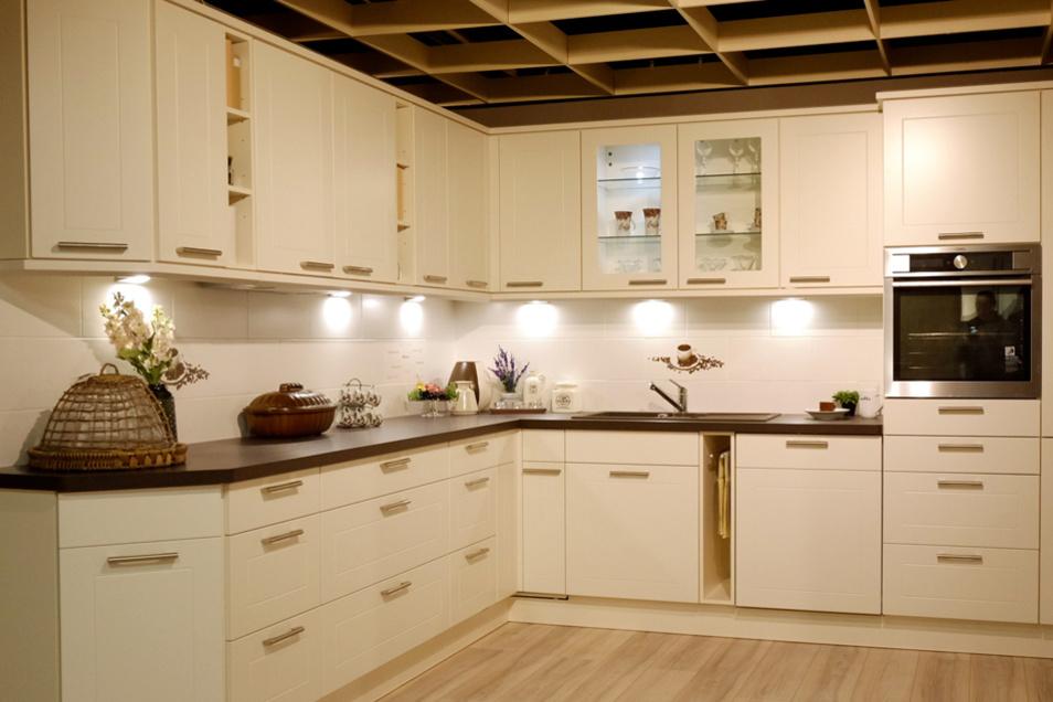 Wer sich und seinen Lieben zum Valentinstag eine besondere Freude machen will, kann beim Küchen-Profi-Center Hülsbusch eine von 30 Küchen zum Werkspreis ergattern.