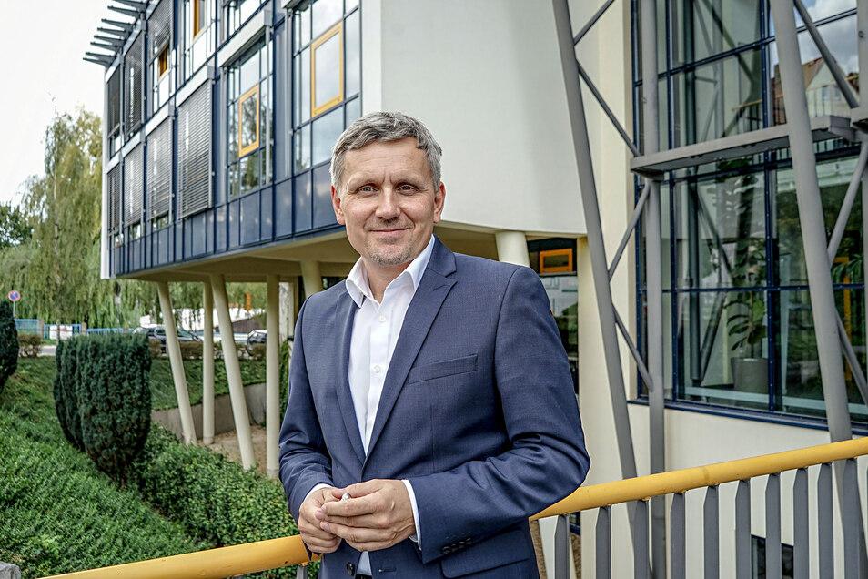 Der Geschäftsführer des Bautzener Technologie- und Gründerzentrums Michael Paduch freut sich auf einen neuen Mieter. Die Firma kommt aus der IT-Branche.