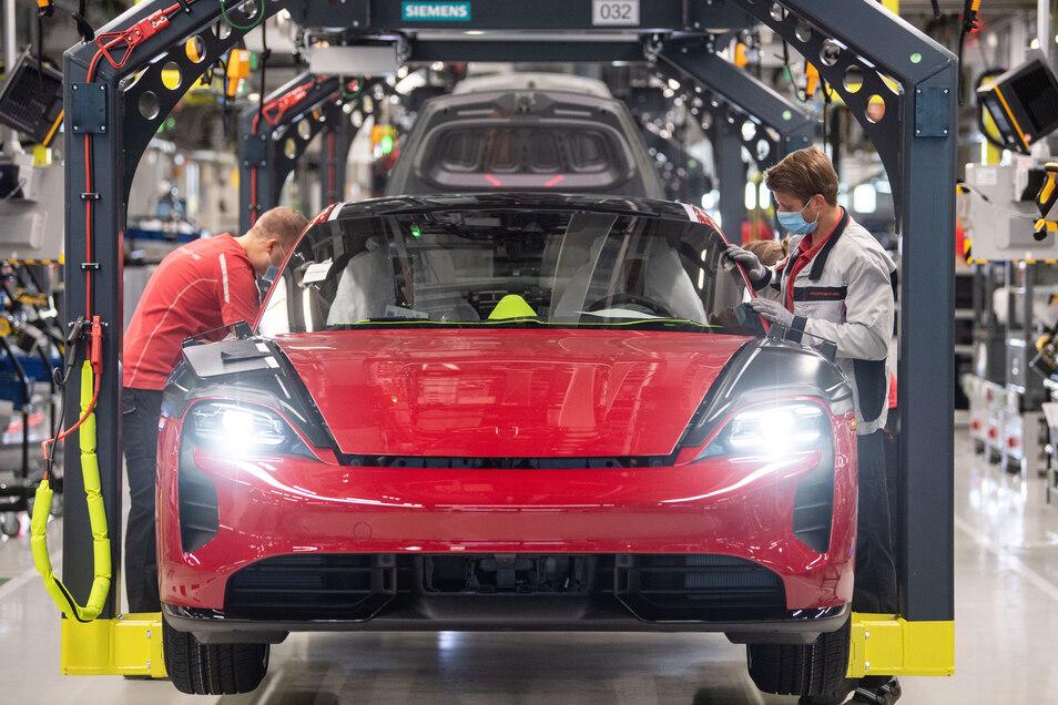Die SPD hat eine allgemeine Autokaufprämie verhindert und wird dafür teils hart kritisiert.