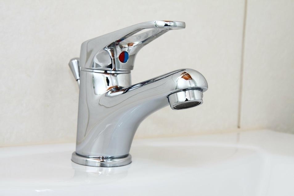 Der Umgang mit Wasser ist für uns alle alltäglich, doch passiert ein Rohrbruch, herrscht in der Wohnung  Ausnahmezustand.