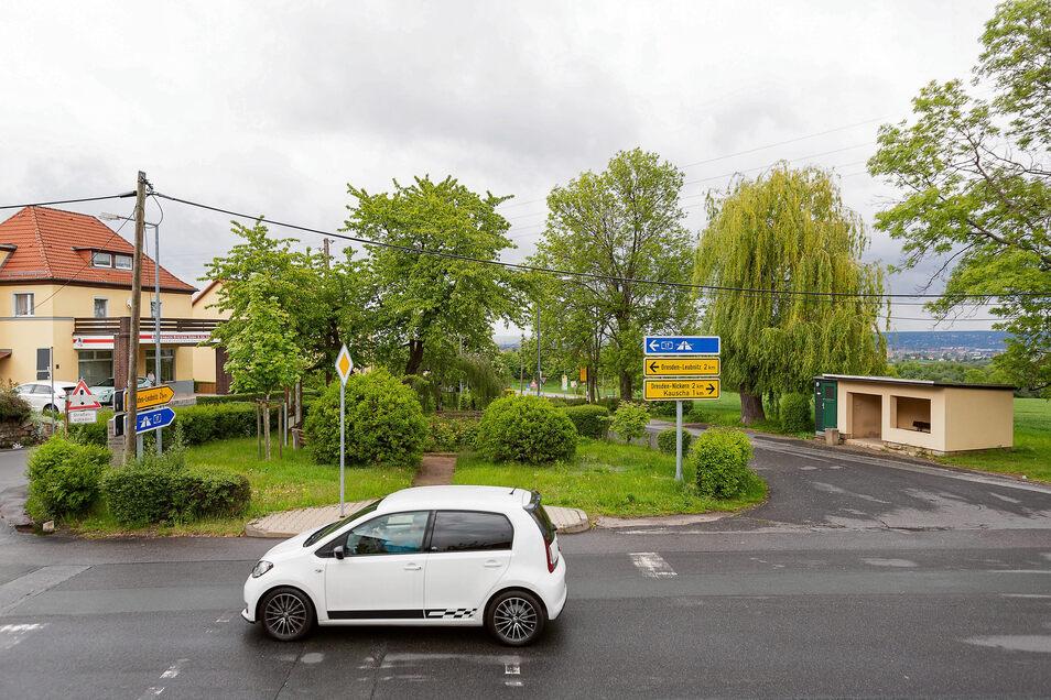 Der Buswendeplatz in Goppeln birgt Unfallgefahren. Deshalb wird nun gebaut.