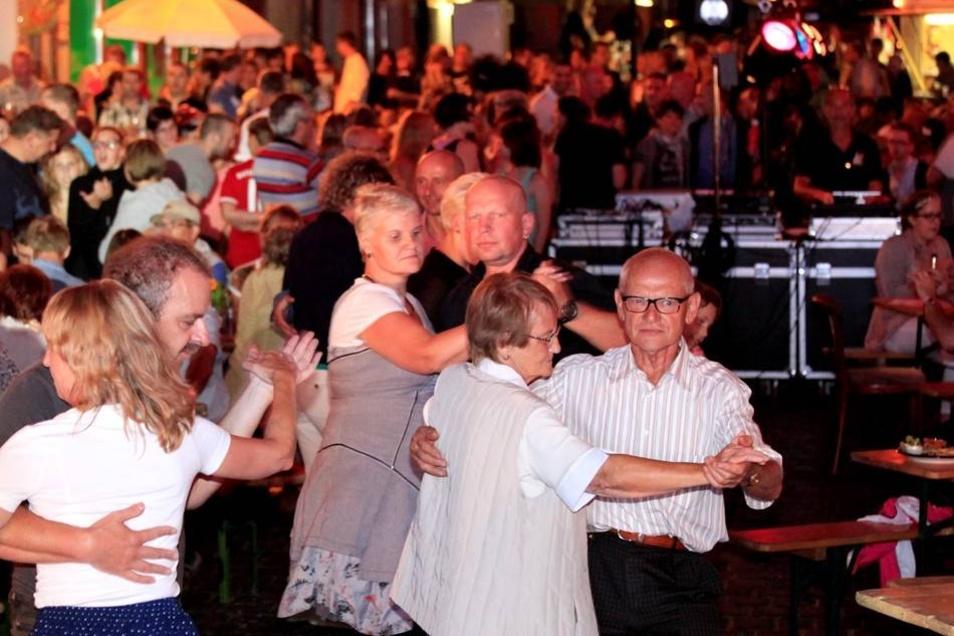 Der Samstag Abend hielt für die Zittauer noch ein besonderes Fest auf der Inneren Weberstraße bereit.