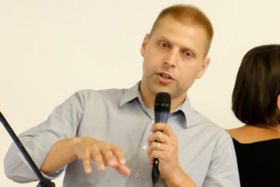 Hat künftig als Bürgermeister das Sagen –  Mirko Knöfel. Er hofft, mit dem knapp unterlegenen Carsten Hahn im Gemeinderat gut zusammenzuarbeiten.