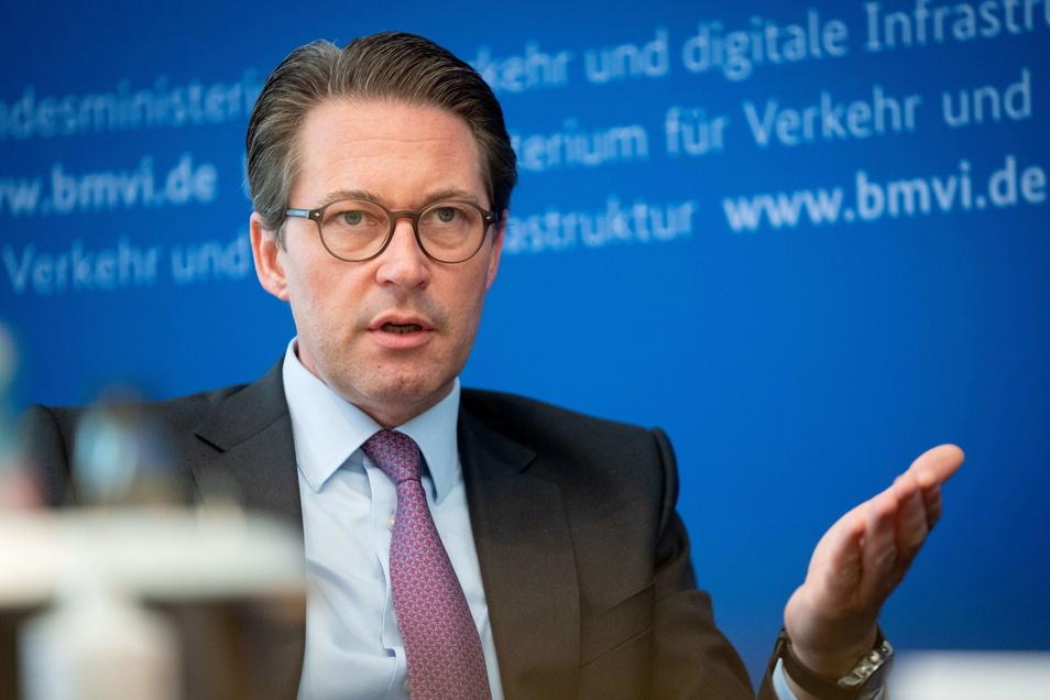 Verkehrsminister Andreas Scheuer (CSU lehnt ein generelles Tempolimit ab.
