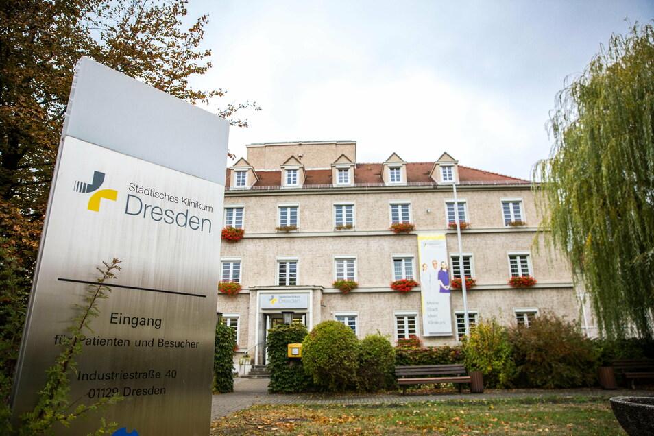 Zum Städtischen Klinikum gehören unter anderem die Krankenhäuser Neustadt (Foto) und Friedrichstadt. Das Klinikum hat von Dynamo Dresden eine Spende erhalten.