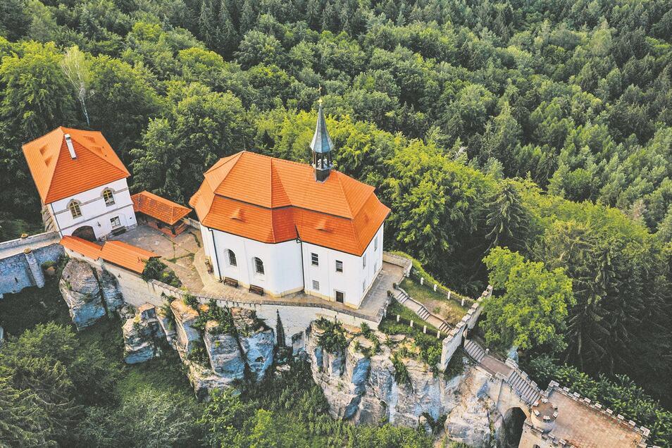 Schloss und Burg Wallenstein in Böhmen lockt jedes Jahr rund 70.000 Besucher an.
