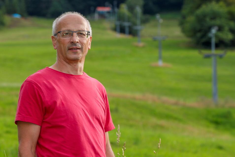 Wird das Skifahren an der Lausche weiter möglich sein? Tilo Knöbel, Chef des Liftbetreiber-Vereins, kämpft dafür seit Monaten um finanzielle Hilfe.