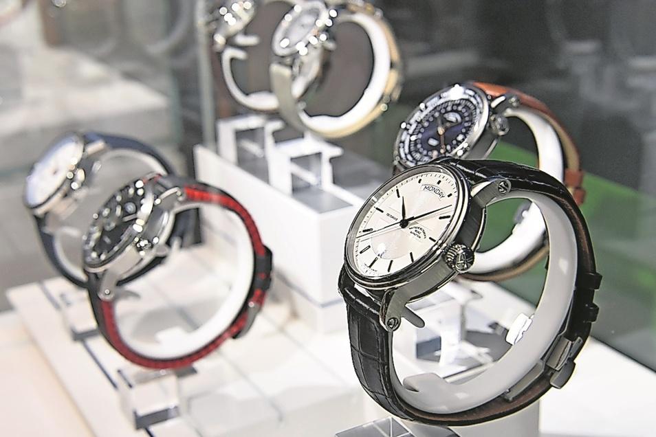 Nicht nur klassische Uhren: Seit 1996 stellt Mühle auch Armbanduhren her. Bekannt ist das Familienunternehmen für Sport- und Taucheruhren.