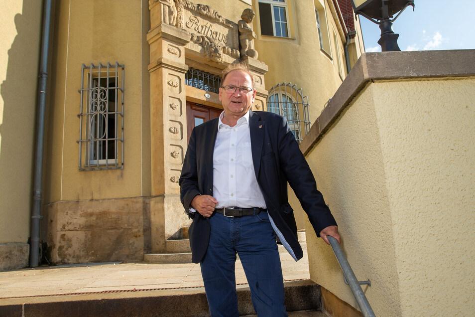 Vonwegen auf dem Sprung: Jürgen Opitz (CDU) will Bürgermeister bleiben.