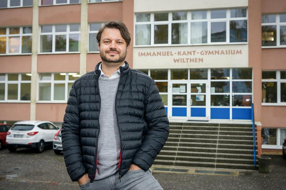 Seit Anfang des Schuljahres ist Markus Straube Schulleiter am Immanuel-Kant-Gymnasium in Wilthen. Er hat die Leitung in einer schwierigen Phase übernommen.