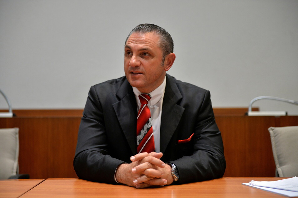Auch mit dem Hofer Finanzjongleur Michael Turgut, hier bei seinem Bankrottverfahren 2016, arbeitete Lommel zusammen. In dem Prozess sagte der AfD-Politiker, Turgut habe ihn als Strohmann für Firmen in Liechtenstein benutzt.