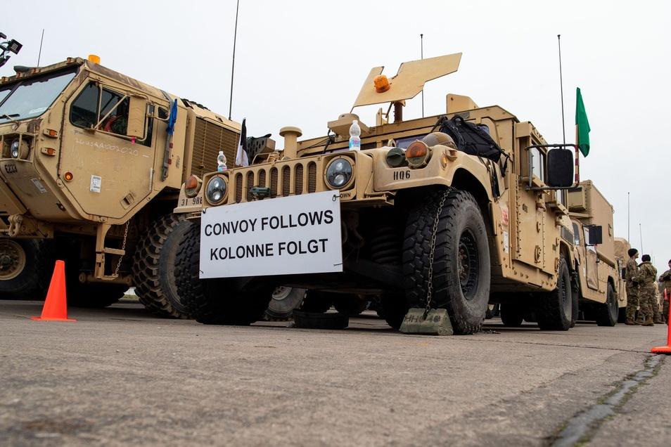 Wie hier in Mecklenburg-Vorpommern sind US-Truppen gen Polen unterwegs. Auch durch Sachsen werden sie rollen.