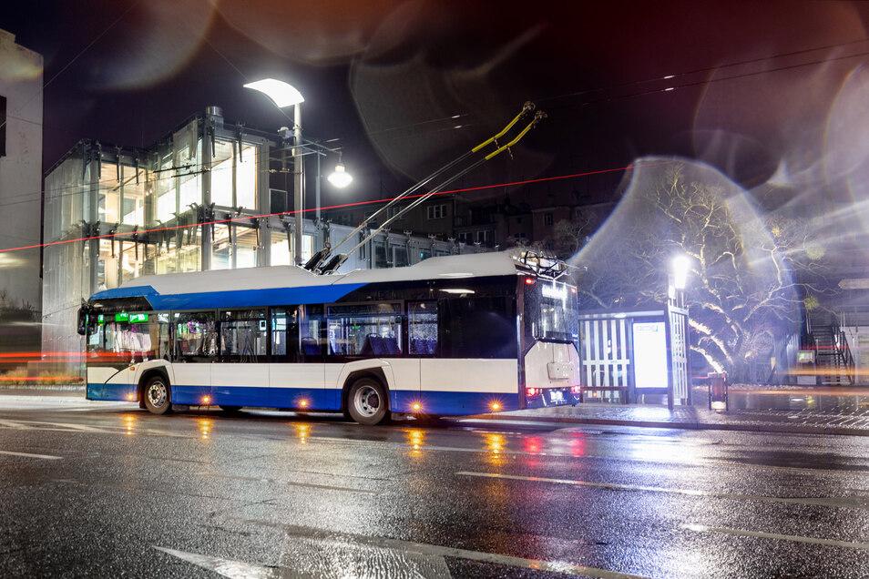 So sehen die aktuellen O-Busse der polnischen Firma Solaris aus Polen aus. Vier Bustypen dieser Firma sind derzeit in Dresden im Einsatz, darunter ein reiner Elektrobus als Testfahrzeug.