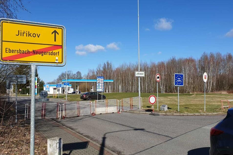 Zu: Grenzübergang Neugersdorf/Jurikov (unterer Grenzweg)
