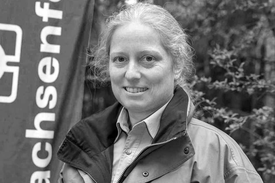 Anke Findeisen als Sprecherin des Forstbezirks Neustadt bei einem Pressetermin im April 2015.