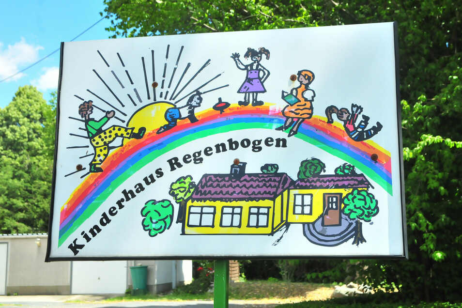Ohnehin ein Haus zum Wohlfühlen: Bald dürfen sich die Mädchen und Jungen des Kinderhauses Regenbogen in Baselitz auch über neue Kletteranlagen freuen.