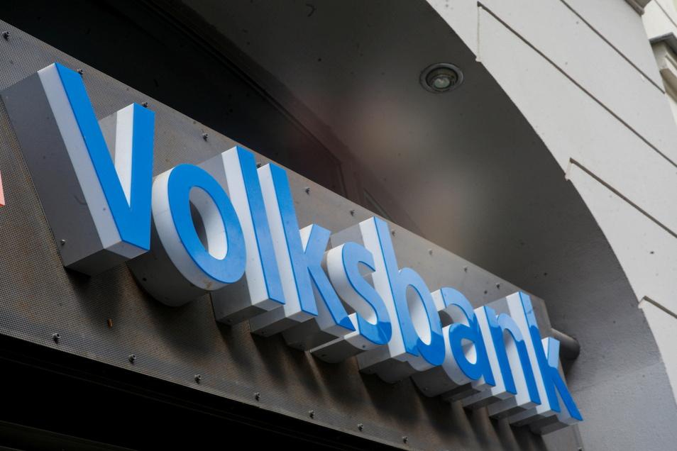 Die Volksbank Pirna hat im vergangenen Jahr ein Betriebsergebnis von 2,2 Millionen Euro erzielt und konnte ihr Eigenkapital mit 1,2 Millionen Euro stärken.