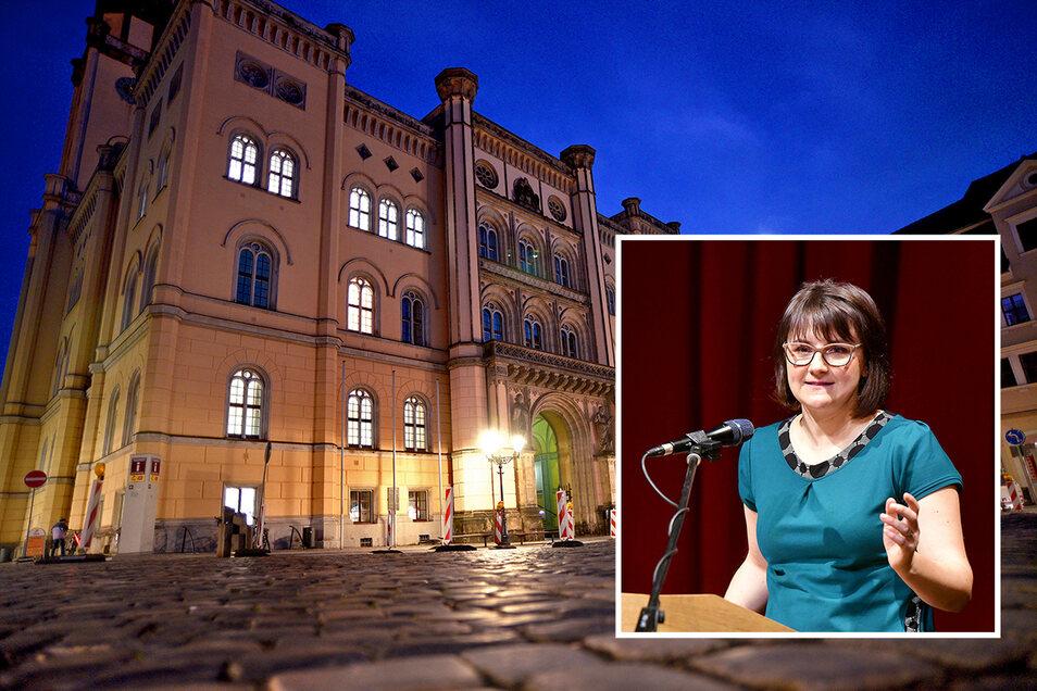 Zittaus Wirtschaftsförderin Gloria Heymann bittet um Entschuldigung.