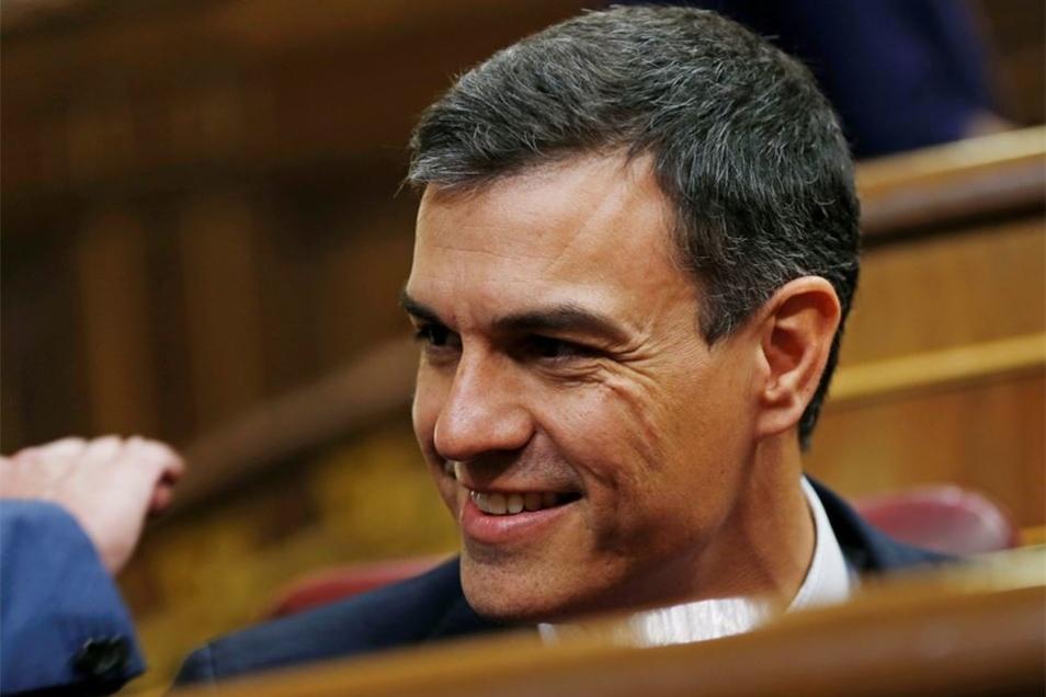 Jetzt ist Pedro Sanchez am Ruder, Parteivorsitzender der Partido Socialista Obrero Español (PSOE).