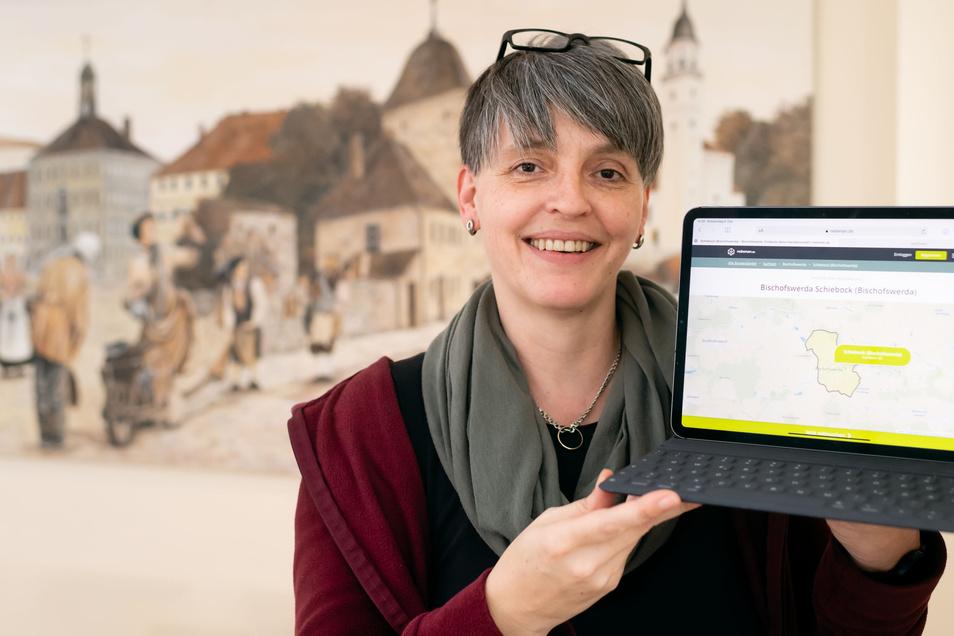 Katrin Schiller managt in Bischofswerda das digitale Nachbarschaftsprojekt nebenan.de.