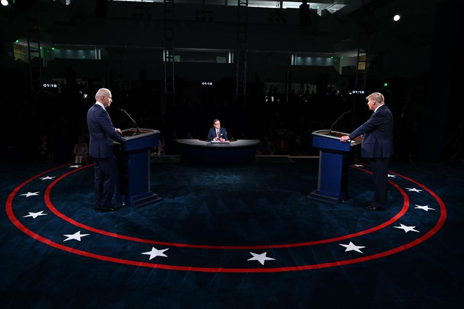 Bei der ersten TV-Debatte am Dienstag (Ortszeit) in Cleveland ging es unter anderem um die Corona-Pandemie, das Oberste US-Gericht, die Integrität der Wahl und die Lage der US-Wirtschaft.